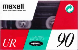 38  Maxell UR 90 (nieuw)